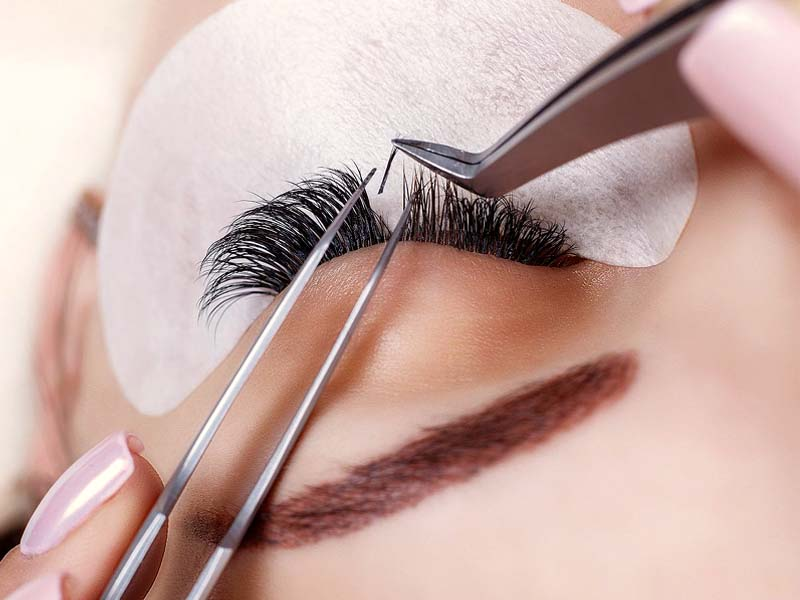 Your Guide to Eyelash Extensions