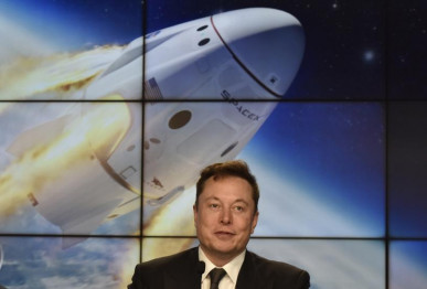 spacex founder and chief engineer elon musk attends a post launch news conference to discuss the spacex crew dragon astronaut capsule in flight abort test at the kennedy space center in cape canaveral florida us january 19 2020 photo reuters