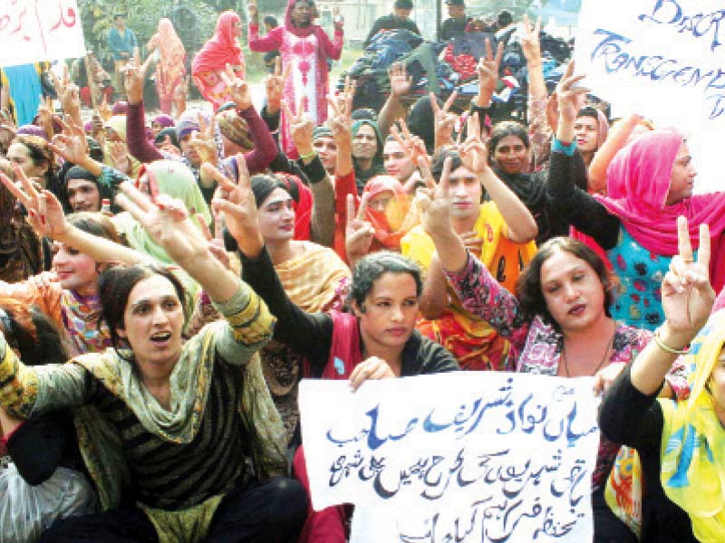 Scores of transgender protesters chant slogans against the Social Welfare Department. PHOTO: PPI