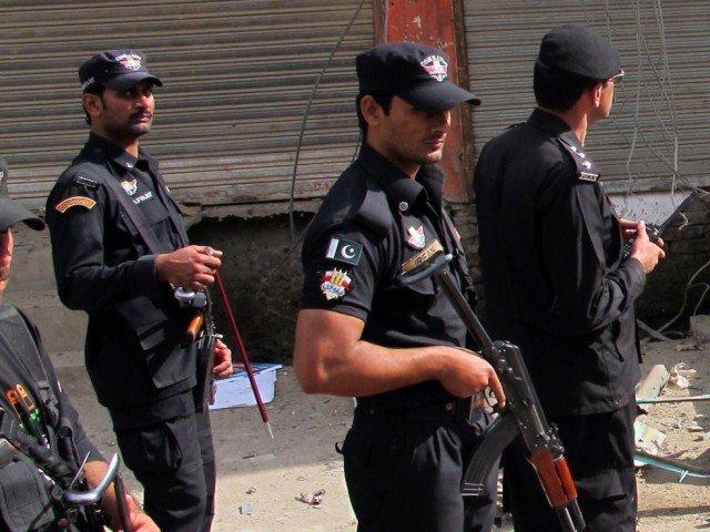 police personnel shot dead in swabi