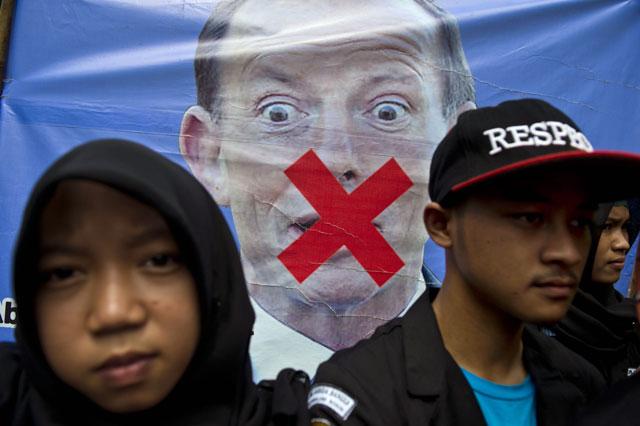 ex australia pm abbott says west should proclaim superiority over islam