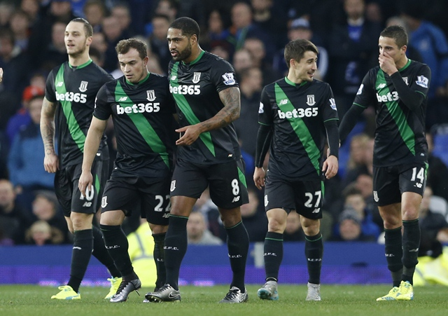 late penalty gives stoke win in seven goal thriller