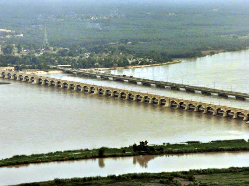 annual repairs sukkur barrage canals to remain closed for 15 days