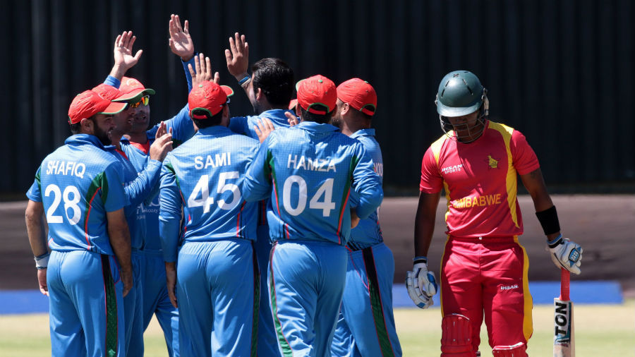 afghanistan hold on to beat zimbabwe in second odi