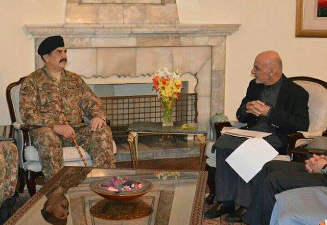 Chief of Army Staff General Raheel Sharif in a meeting with Afghan President Ashraf Ghani in Kabul on December 27, 2015. PHOTO: ISPR