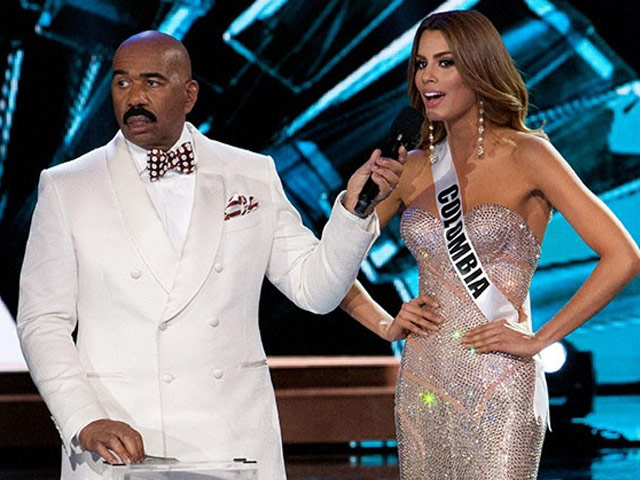 miss colombia finally confronts steve harvey learn how to read cards