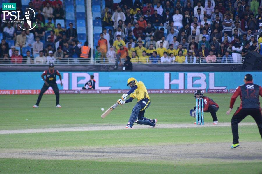 2016 psl peshawar thump lahore by nine wickets