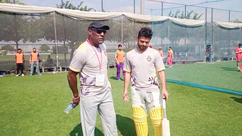 ready to serve pcb in coaching capacity sir viv richards