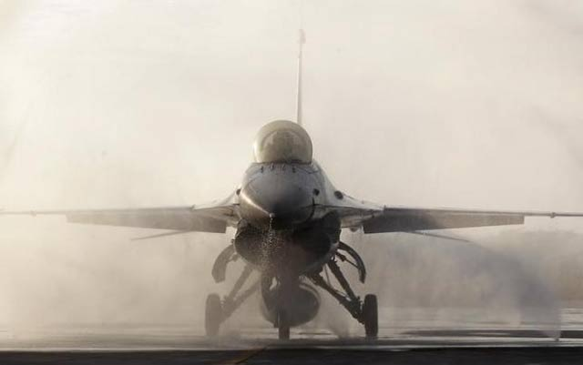 us made f 16 photo reuters