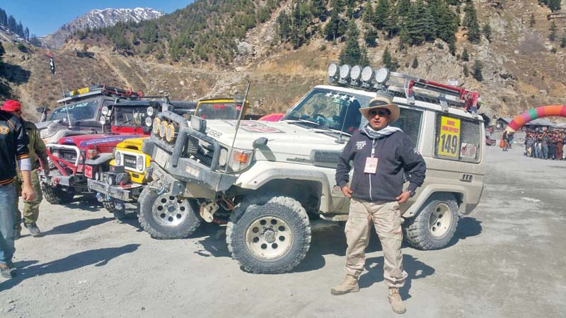 snow jeep rally roars into chitral dir