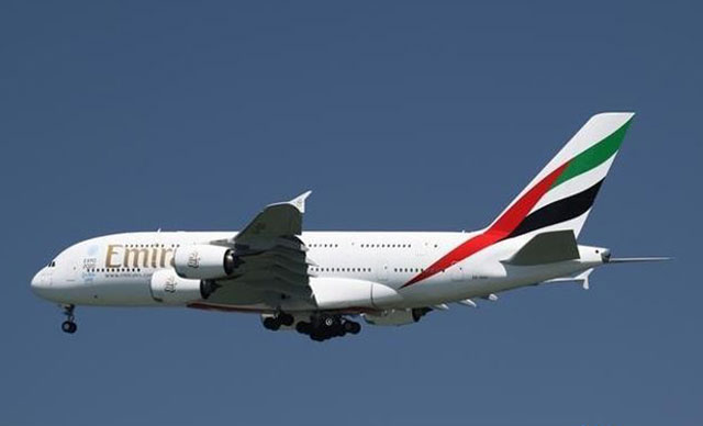 world s longest flight lands in auckland