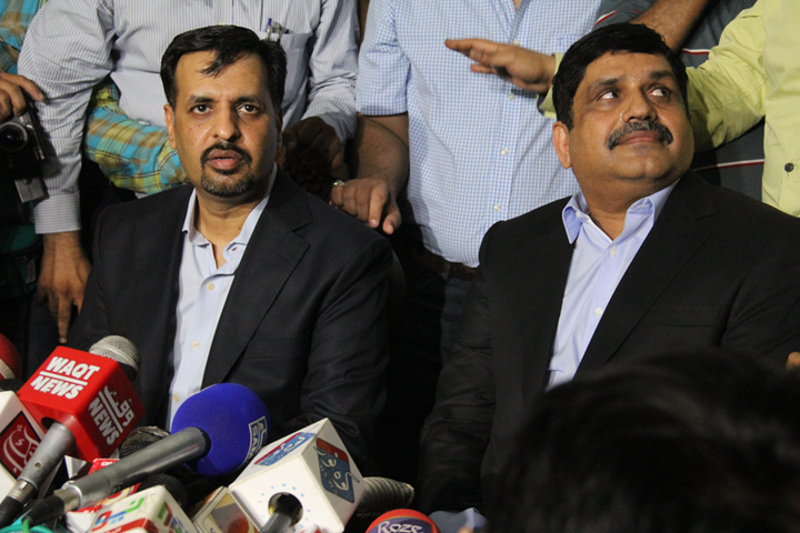 mustafa kamal launches political party after no holds barred tirade against altaf hussain