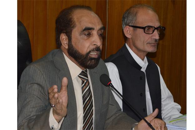 banishing squatters etpb seeks sindh police chief s help to reclaim land