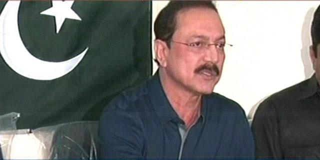 Deposed Muttahida Qaumi Movement leader Anees Ahmed advocate addresses a press conference at former Karachi mayor Mustafa Kamal's residence in Karachi on March 21, 2016. AN EXPRESS NEWS SCREENGRAB