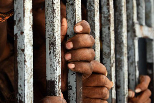 virus spreading rapidly in sindh s overcrowded jails