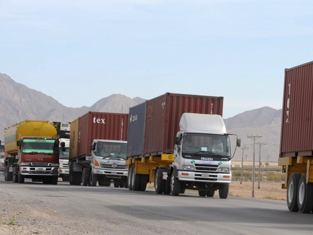 smuggling impedes trade between pakistan iran