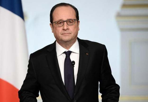 french president francois hollande delivers a speech on constitutional reform and the fight against terrorism at the end of the weekly cabinet meeting at the elysee palace in paris france march 30 2016 reuters