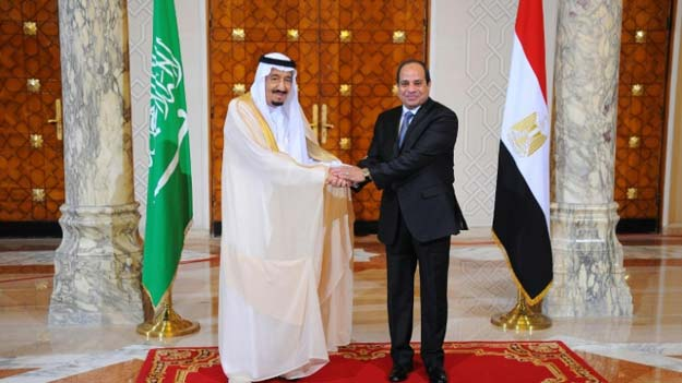 saudi king salman left shakes hands with egyptian president abdel fattah al sisi during talks in cairo on april 7 2016 photo afp