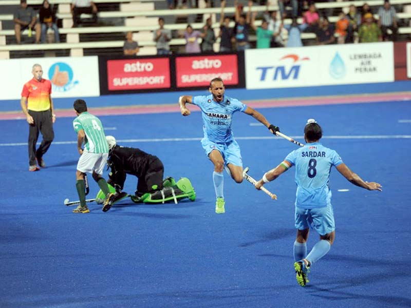 indian forward somwarpet exults after scoring his side s second goal to retake the lead in the first quarter photo malaysian hockey confederation