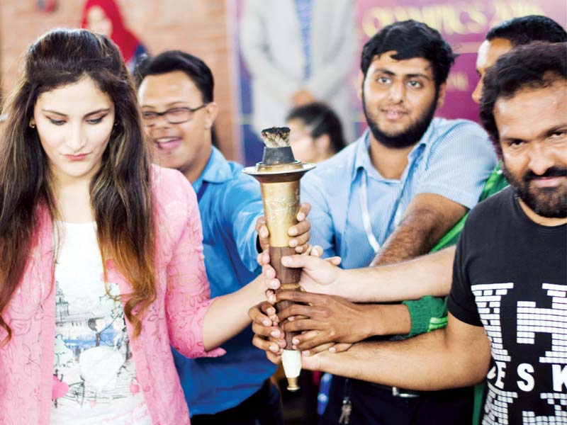olympian kiran khan and cricketer muhammad hafeez were guests of honour at the event photo express