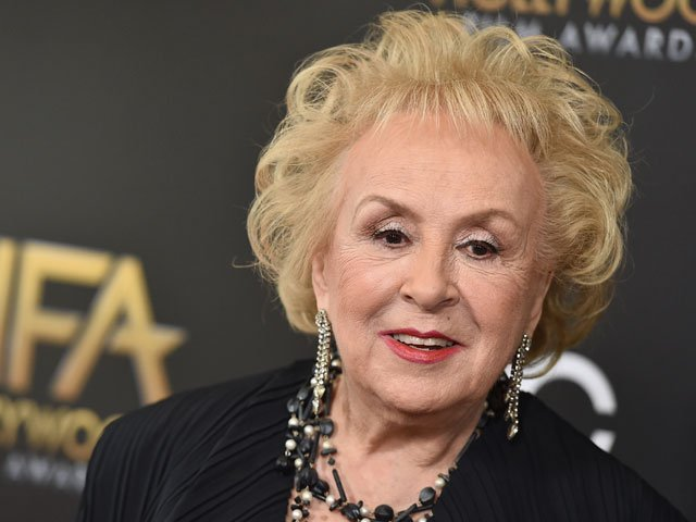 doris roberts was best known for her role as marie the interfering manipulative mother of raymond barone photo theblaze com