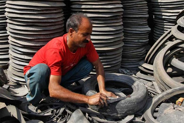 pakistan s industry can hardly meet 15 demand says pcjcci chief photo reuters