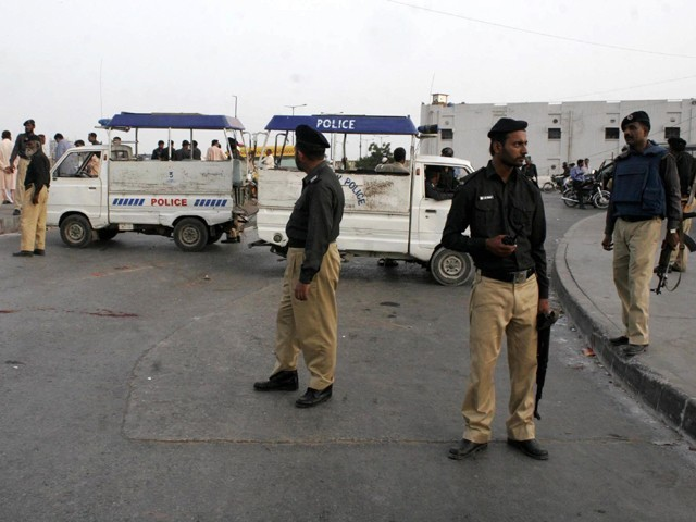 two alleged gangsters killed in lyari