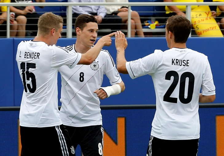 Germany's Julian Draxler (C) recently got injured in the Champions League quarter-final against Real Madrid. PHOTO: REUTERS