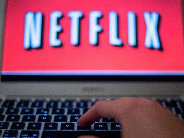how to download episodes from netflix amazon for offline viewing