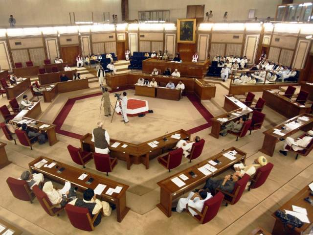 balochistan gets 10 days to amend lg act