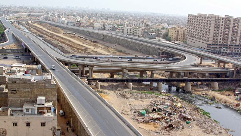a section of the lyari expressway near civic centre and essa nagri photo aysha saleem express