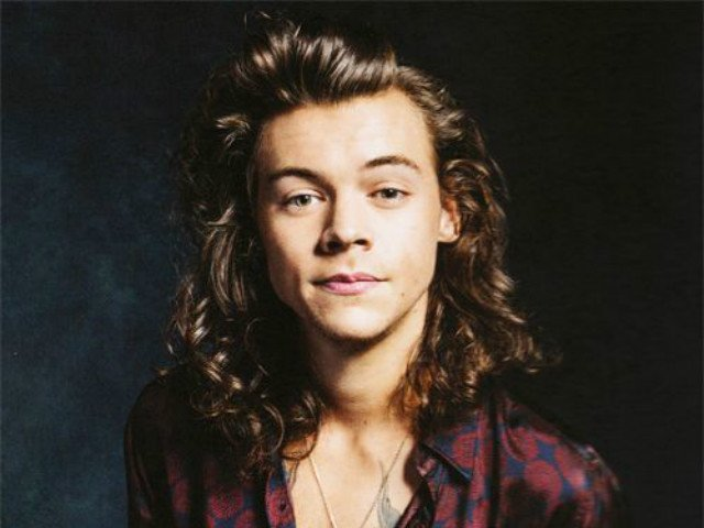 Finally A Photo Of Harry Styles With Short Hair The Express Tribune