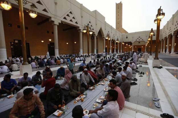 ramadan likely to start on april 14 in pakistan