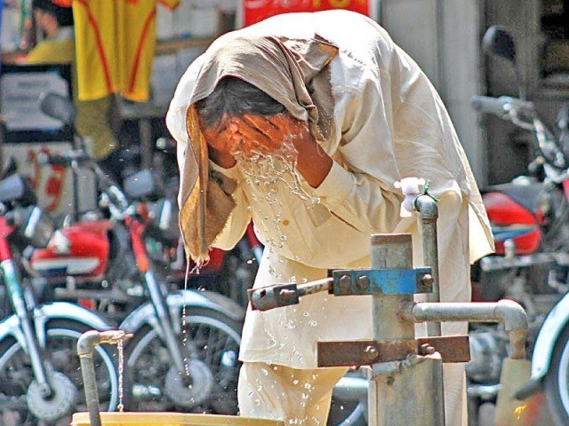 PMD issues heat wave alert for Karachi
