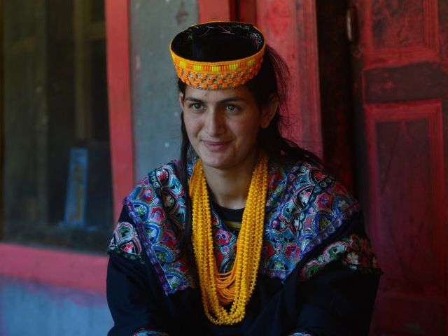 kalash girl says she chose to convert to islam