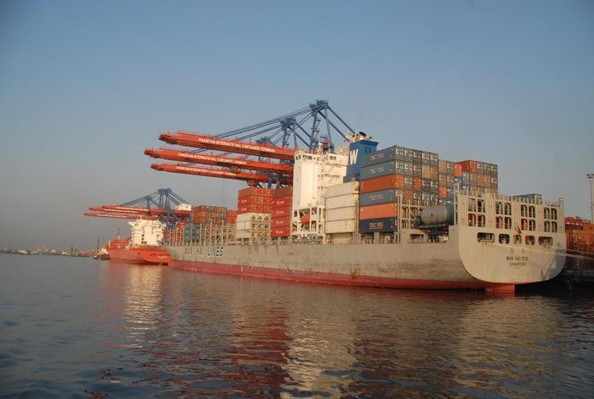 govt offers raft of incentives to boost shipping sector