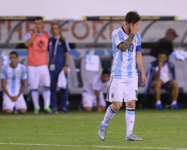 messi can t be the leader many expect him to be