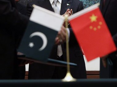 chinese envoy invites pakistani firms to trade fair