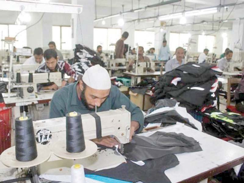 experts call for facilitation of smes