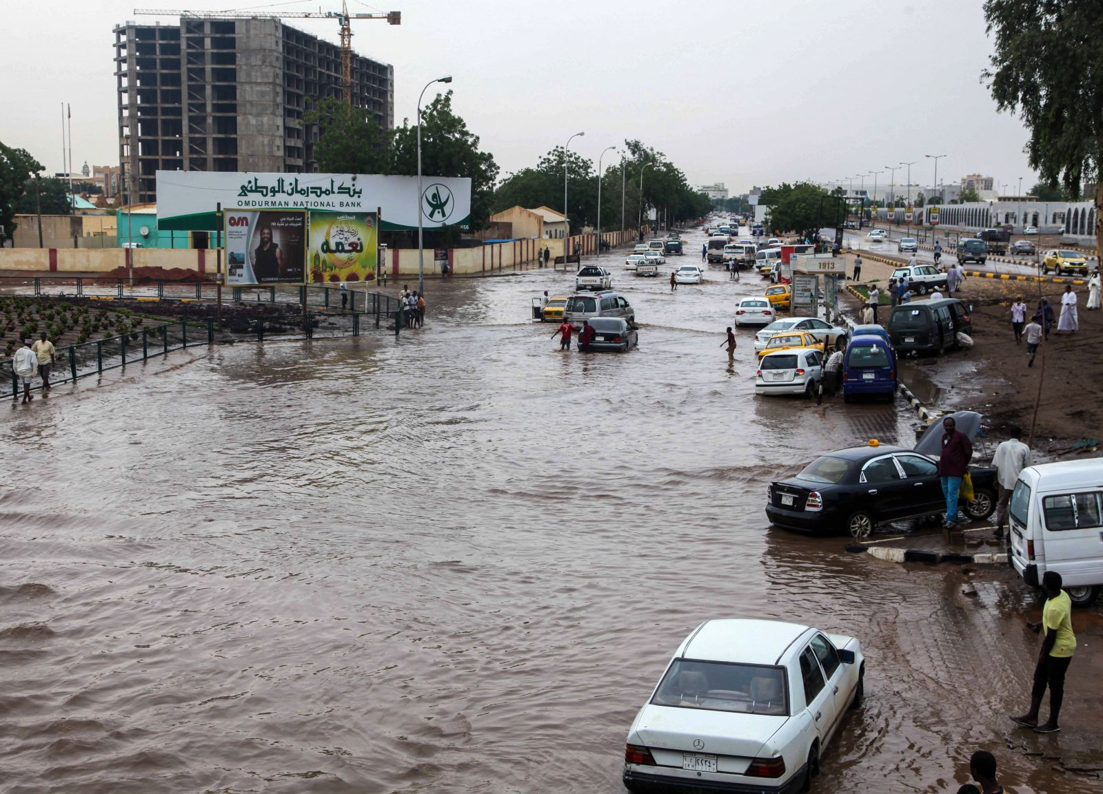 sudan floods kill 100 destroy villages