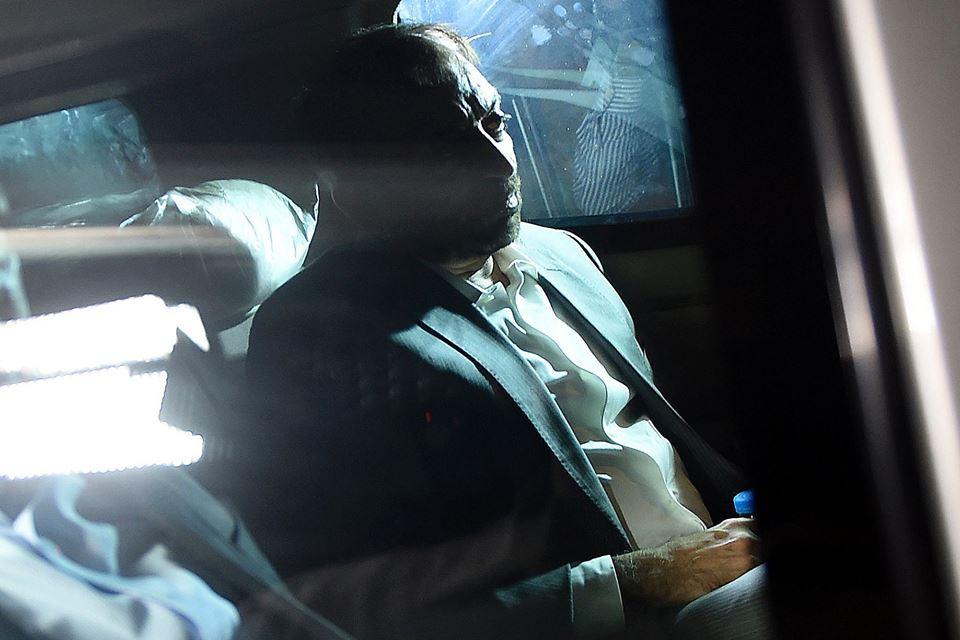 mqm leader farooq sattar taken into rangers custody photo afp