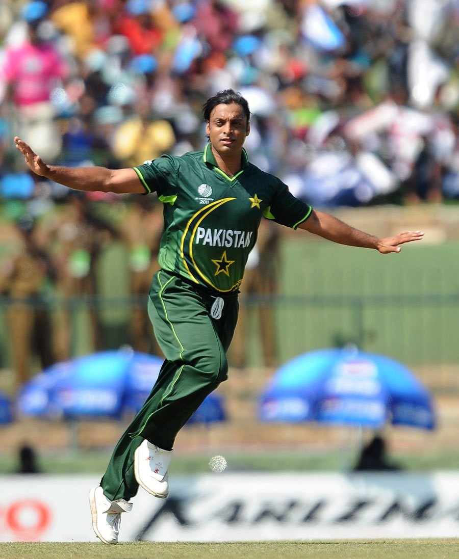 akhtar says his inspiration to become a fast bowler came from watching wasim waqar and imran photo afp