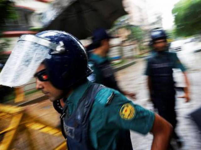 bangladesh police kill trainer behind dhaka cafe attack