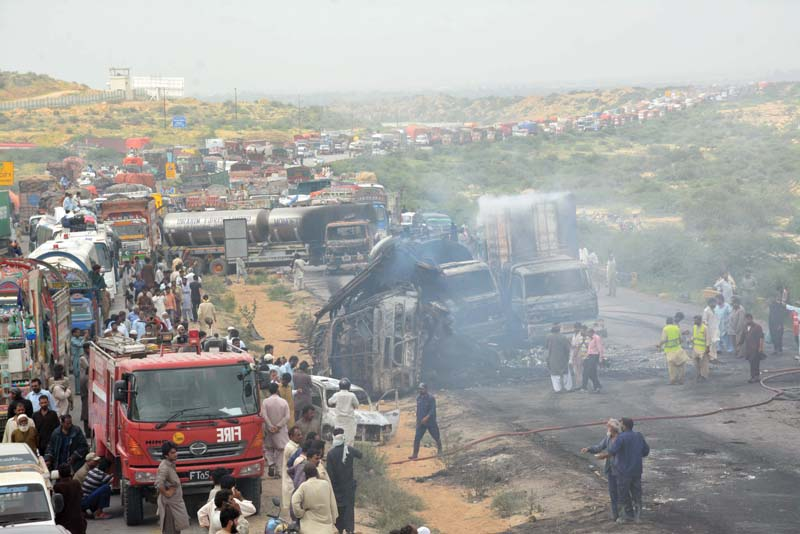 fire on the super highway road accident kills two burns 29 vehicles