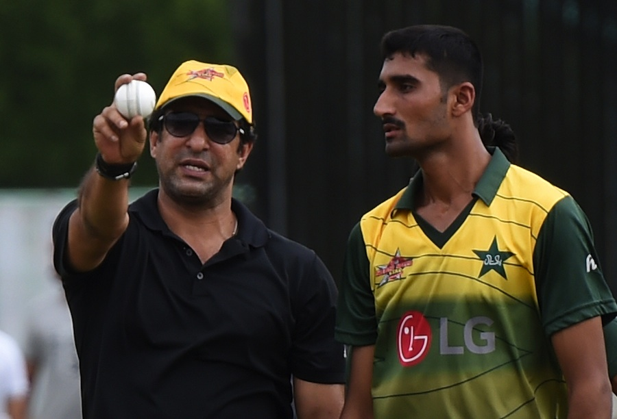 wasim akram states why pakistan lack genuine all rounders