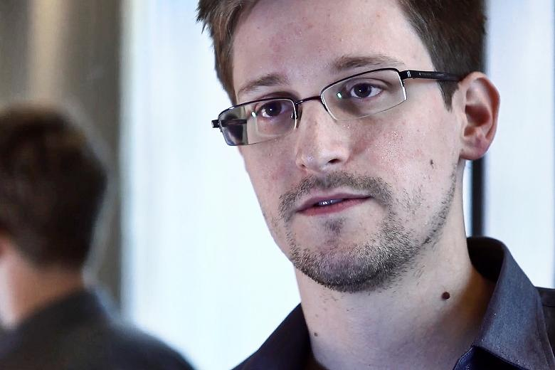 google s new chat app should never be used warns snowden
