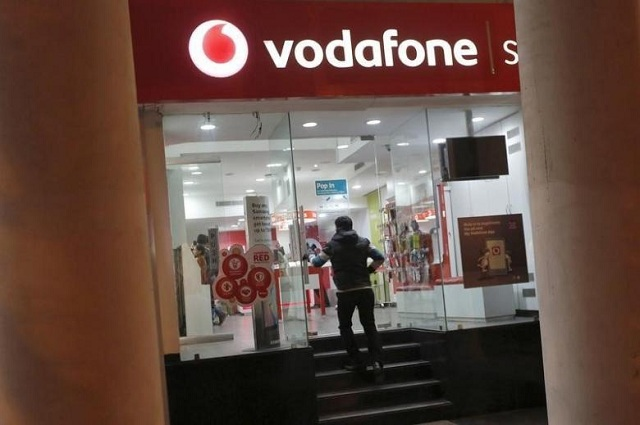 high stakes for india s 84 billion airwave auction after vodafone play