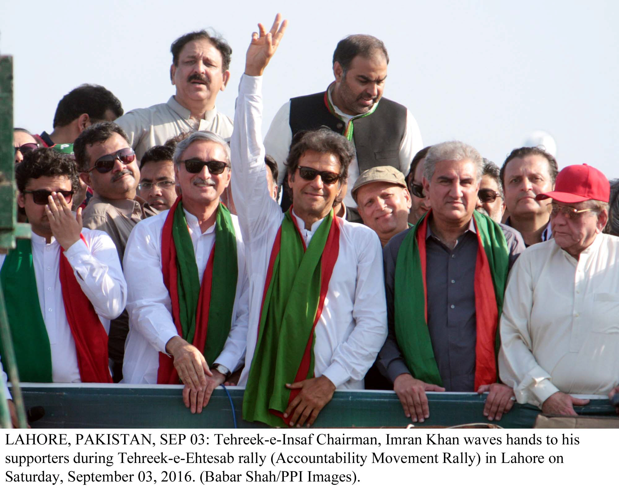 staying put pti strikes a responsive chord