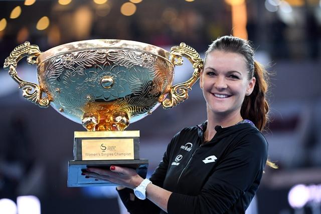 radwanska beats konta to take china open title