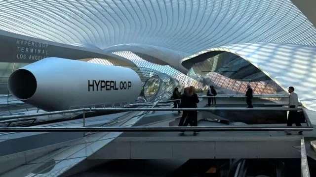 dubai port titan invests in futuristic hyperloop train
